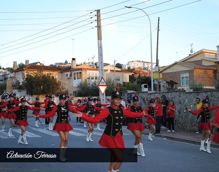actuacion terrasa banda majorettes mostoles